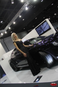 The Girls of Dubai Motor Show (16)