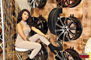 The Girls of Essen Tuning Show Arab Motor World Heels and Wheels (01)