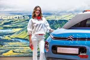 New Girls of Geneva Motor Show 2018 Arab Motor World (3)